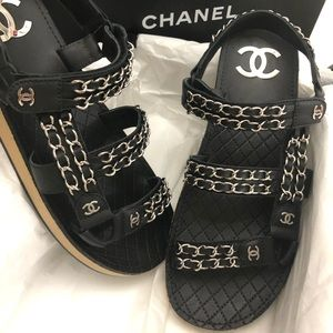 NEW AUTHENTIC CHANEL CHAIN LINK GLADIATORS SHW